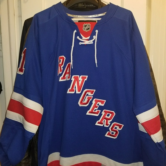 competitive price 5a08c b1a0f New York Rangers Home Blue Rick Nash Jersey Large